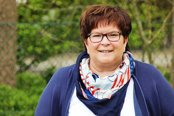 Claudia Stach