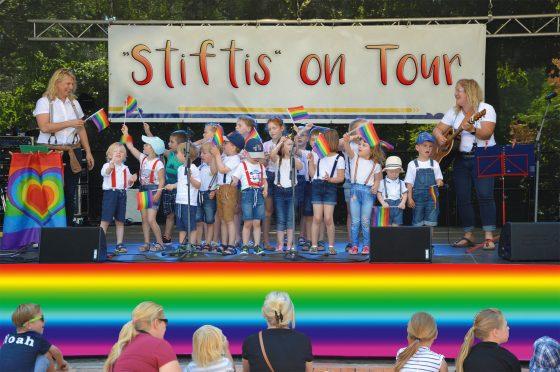 """""""Stiftis"""" on Tour"""