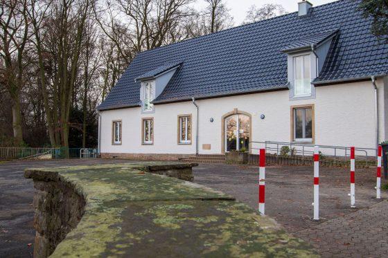 Haus erwacht aus dem Dornröschenschlaf